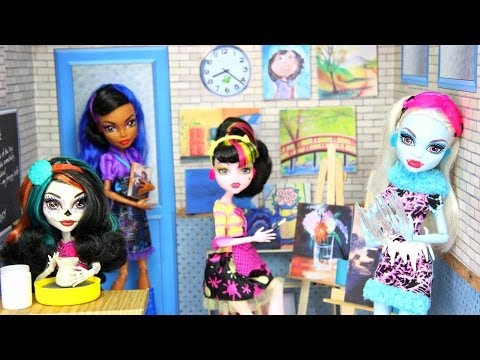 How to Make a Doll Art Room