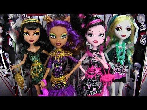 MONSTER HIGH FRIGHTS CAMERA ACTION! BLACK CARPET DOLLS REVIEW VIDEO !!!:D