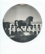 Leonardo da Vinci's horse (round)