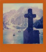 Croce sul lago di Braies
