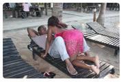 Wasanii wa filamu za kibongo wakiendelea kuelimisha jamii