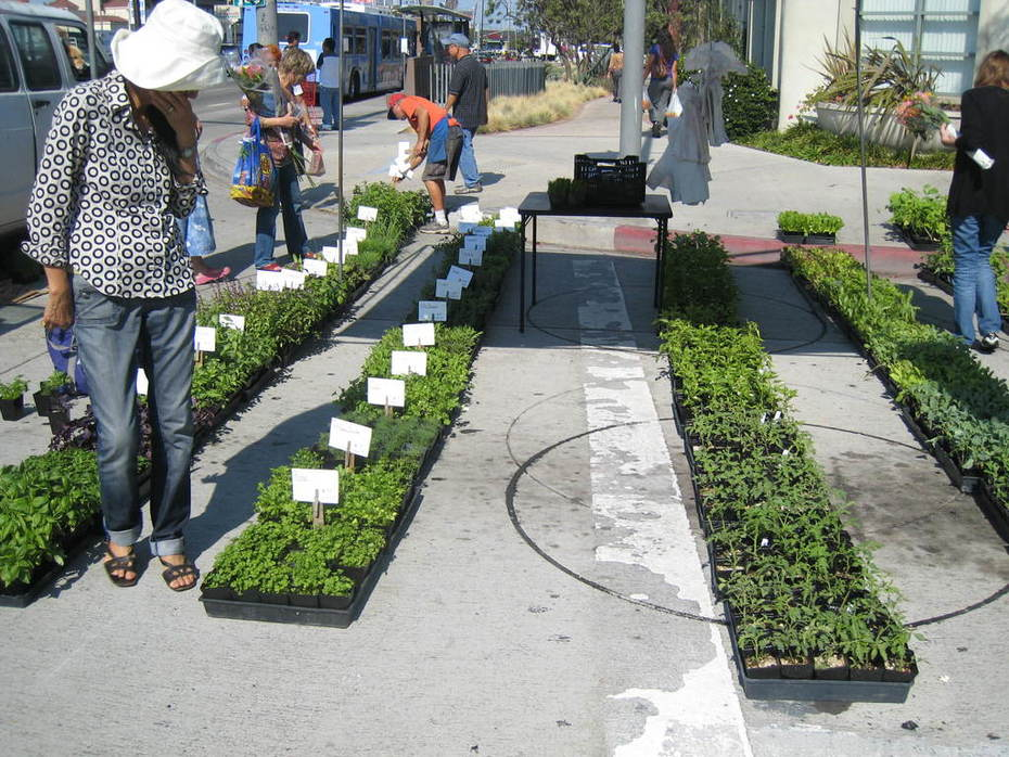 Culver City Farmers Market - Every Tuesday from 3 to 7 p.m.