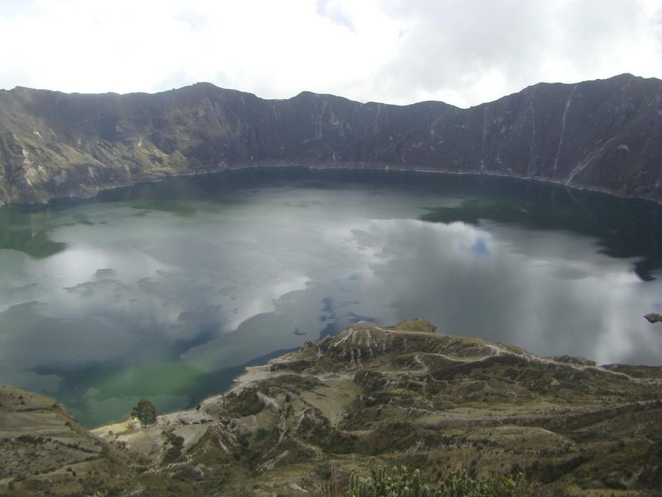 Quilotoa Lagoon