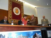 Adela Cortina recibiendo el premio AFA