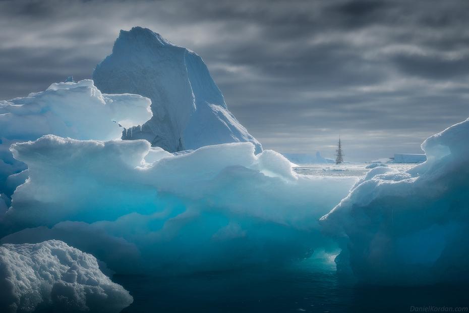 Navegando por el océano Glacial Ártico