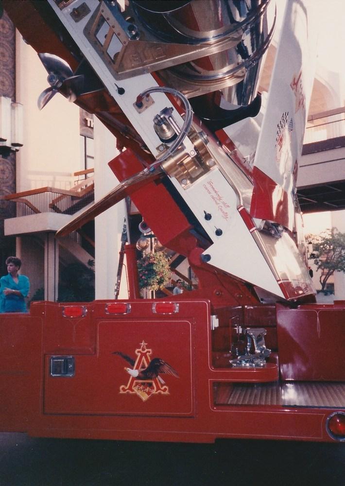 Miss Budweiser 1989 Mission Valley Display (3)