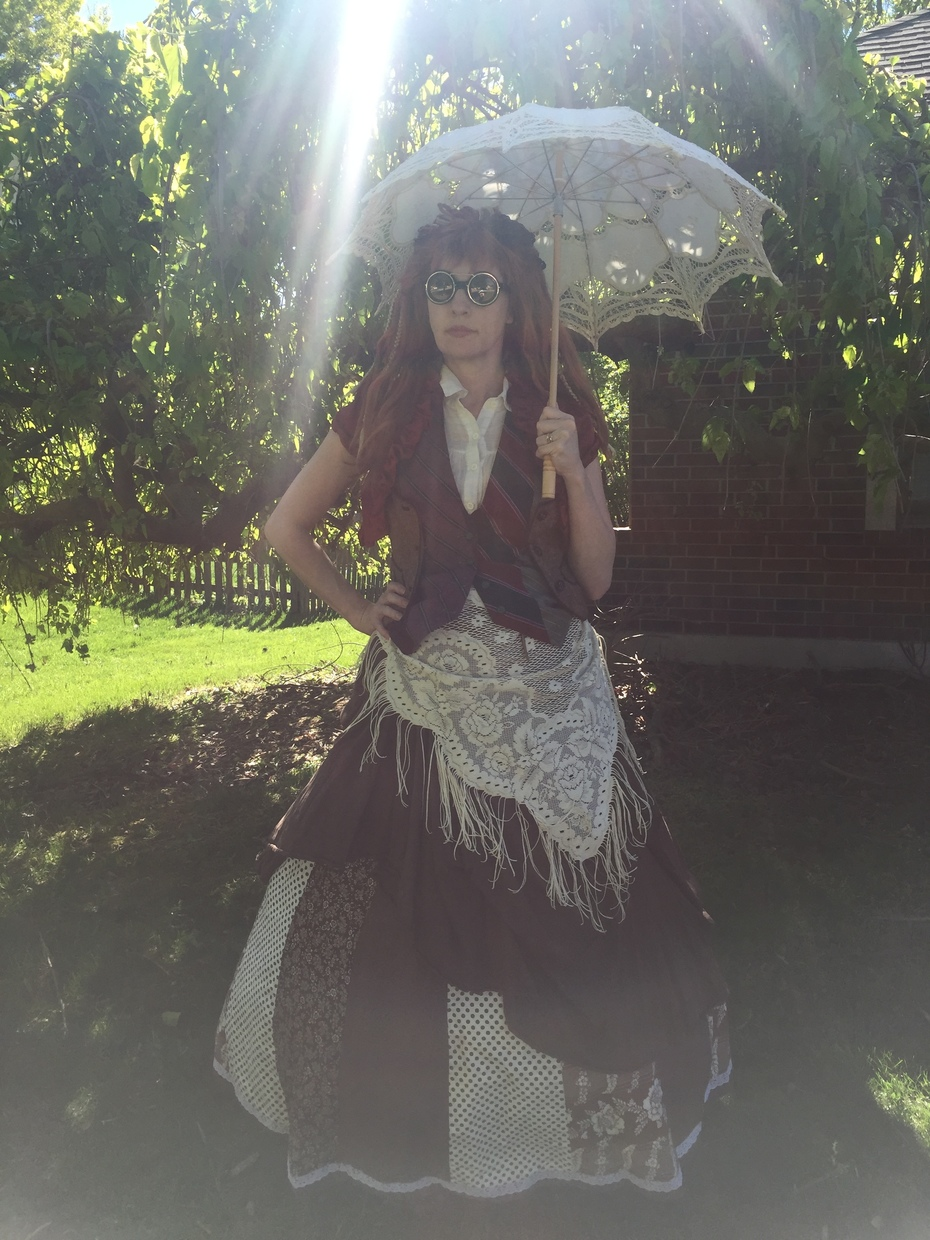 T'luluh Showing Off Parasol & Thrift Finds