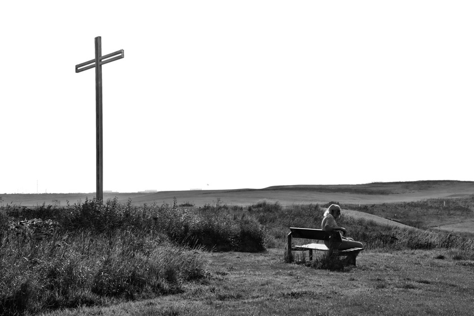 The-man-under-the-cross