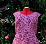 Rosy pink lace dress (1945) - front detail