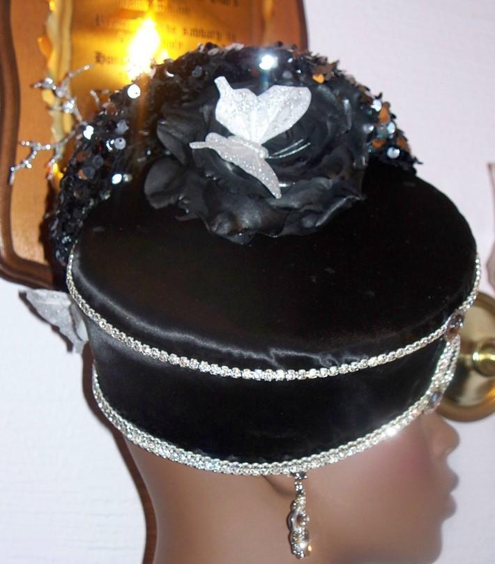 SPARKLE BLACK SILVER HAT BUTTERFLY 2