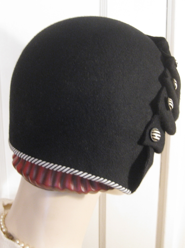 Pleated Cloche Art Deco Buttons