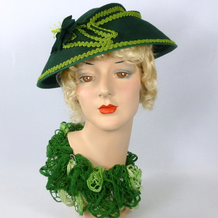 Deep Green Wool Felt Hat - Reproduction 1930s to 1940s Style