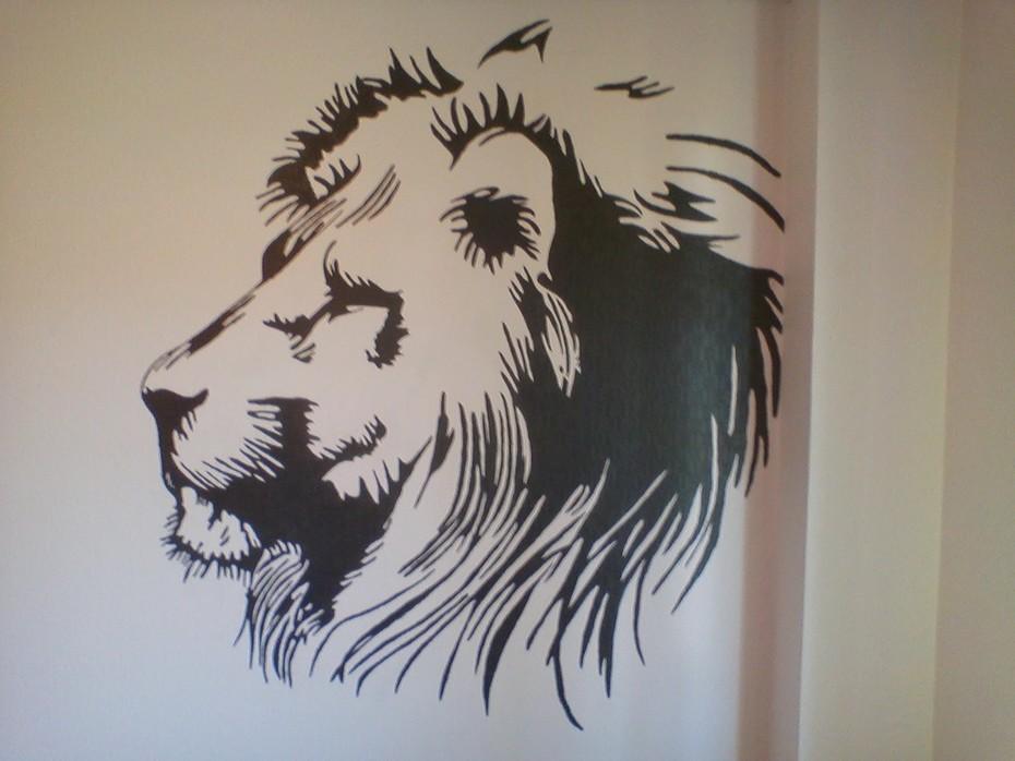 lejon - fondvägg - klar