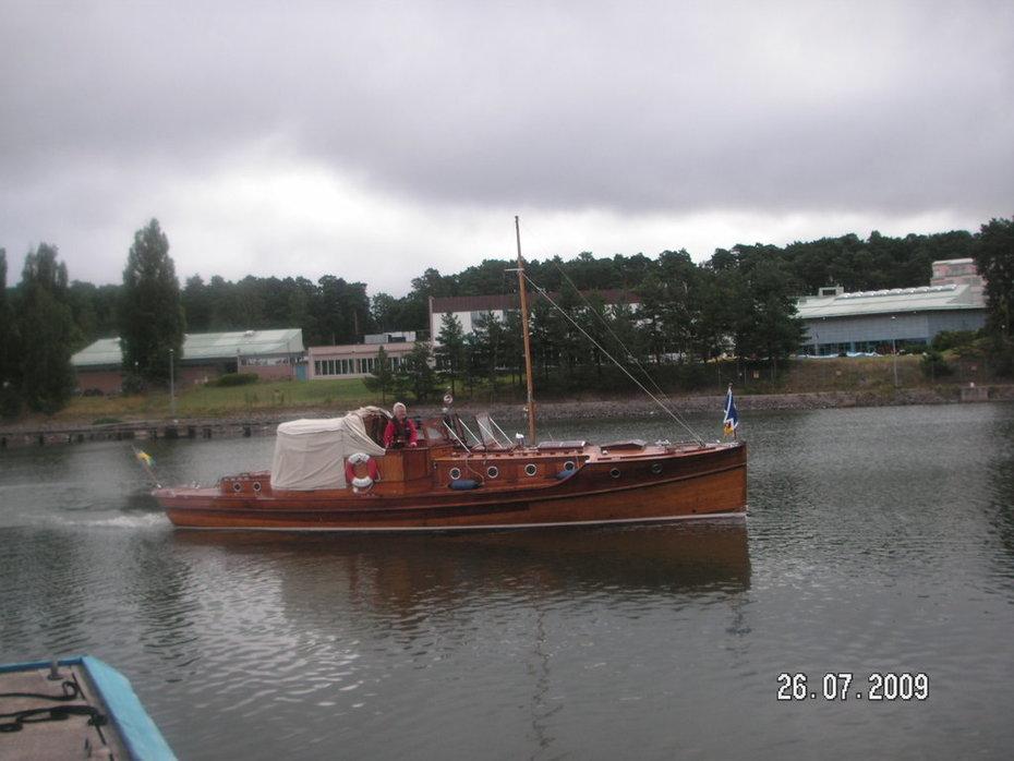 Inledningen på en lång färd, Ekerö - Söderköping