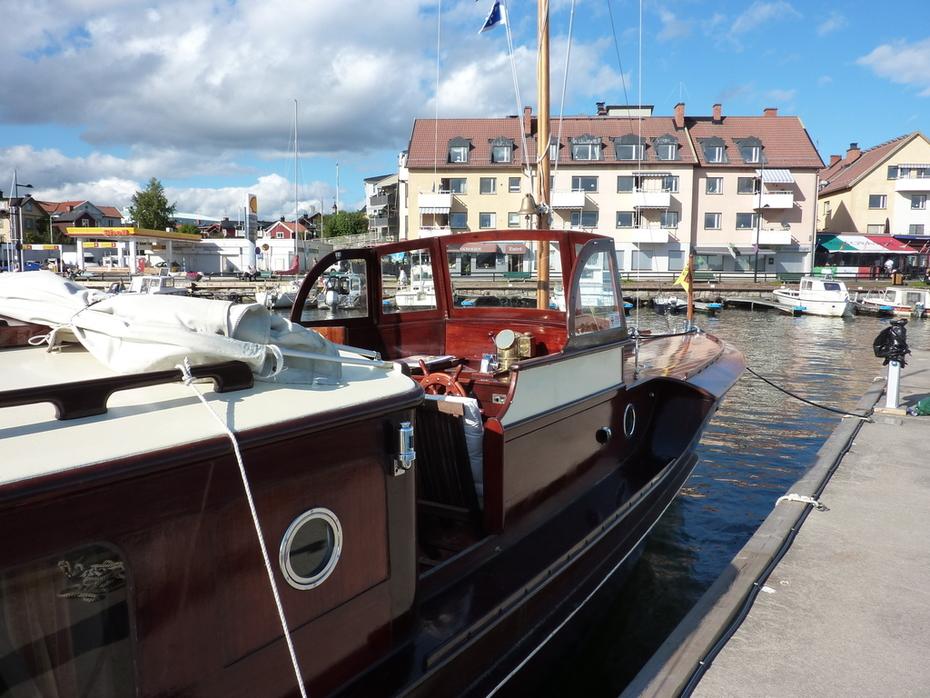 M/Y Eystra i gästhamnen Vaxholm