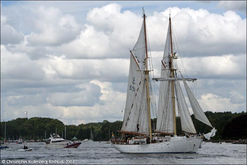HMS Gladan