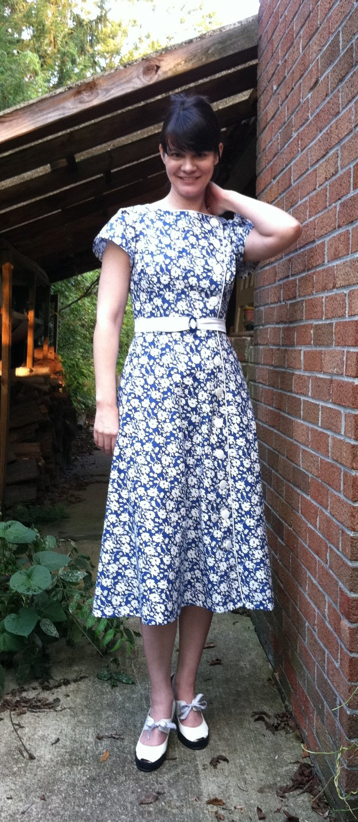 mock mid-'30s dress