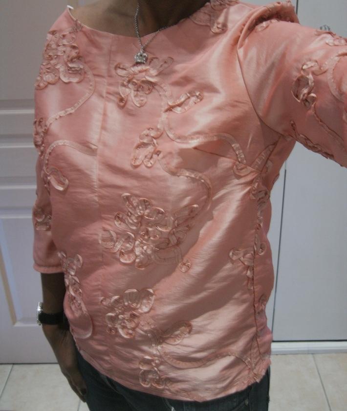 A pink top !