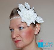 "Bridal headband in ""the Roaring 20s"" style"
