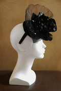 traditional and not so traditional fascinator hat for women