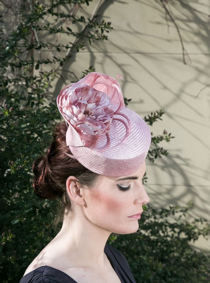 Pink Straw Wave Pill Box Hat with Flower and Feathers