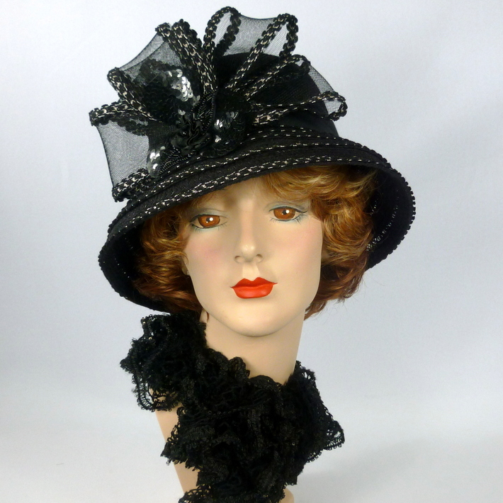 Black and White Straw & Crin Hat
