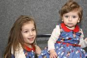 Prinţese cu rochiţe-surori