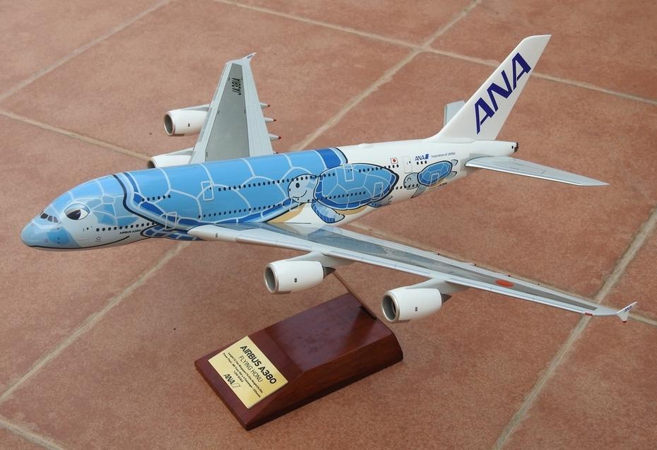 Hogan 1:200 ANA A380