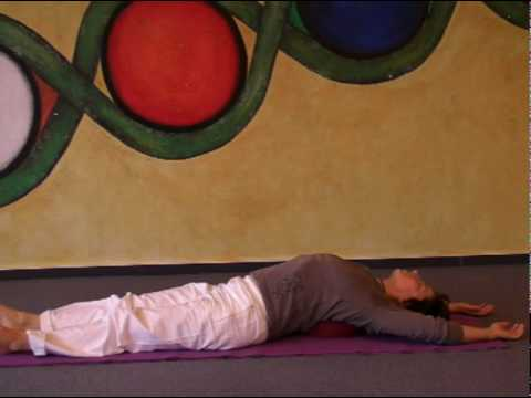 Passive Yoga: Relax with supported Shoulderstand and Fish