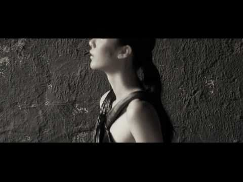 "Maruwut Spring/Summer 2011 ""Lime Light"" | Fashion Film"