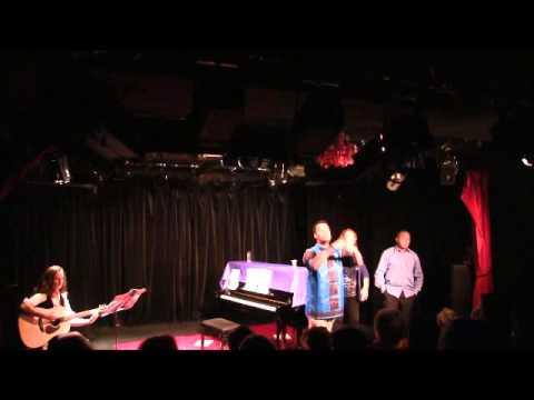 Jann Halexander et le public chantent 'A TABLE' – Spectacle Affidavit [07/11/2015- Extraits, part 1]