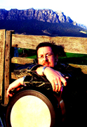 Jeremy Sibson: Bodhran performing artist for Hedwitschak drums