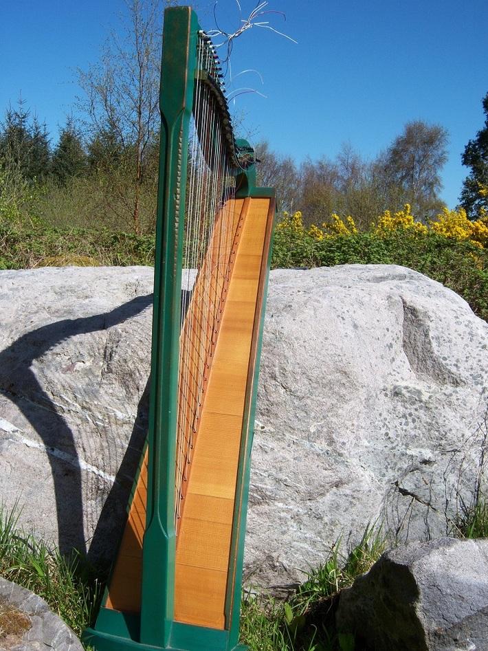 bohemian harp made by Klangwerkstatt