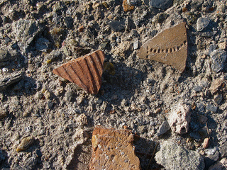 Pottery shards in Afghanistan (Flickr Creative Commons/Todd Huffman)