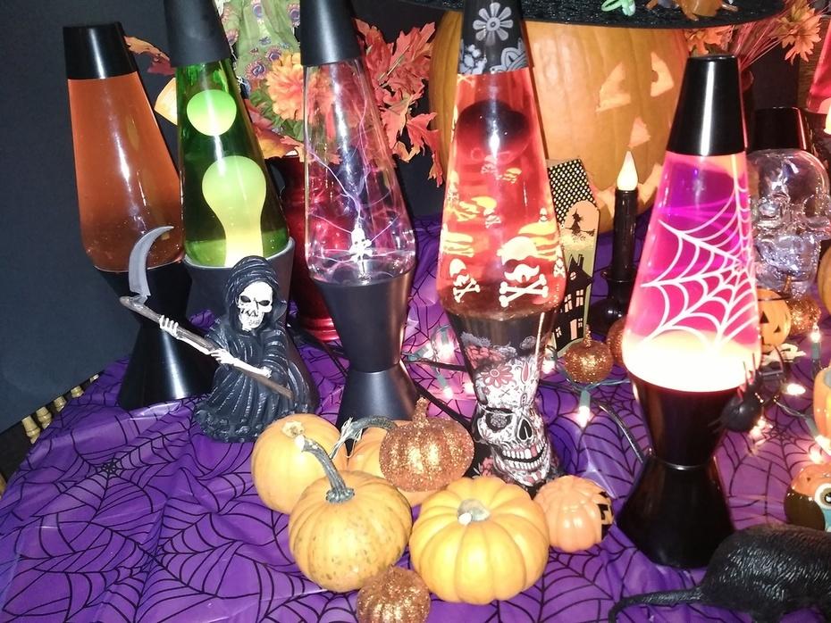 Halloween Left