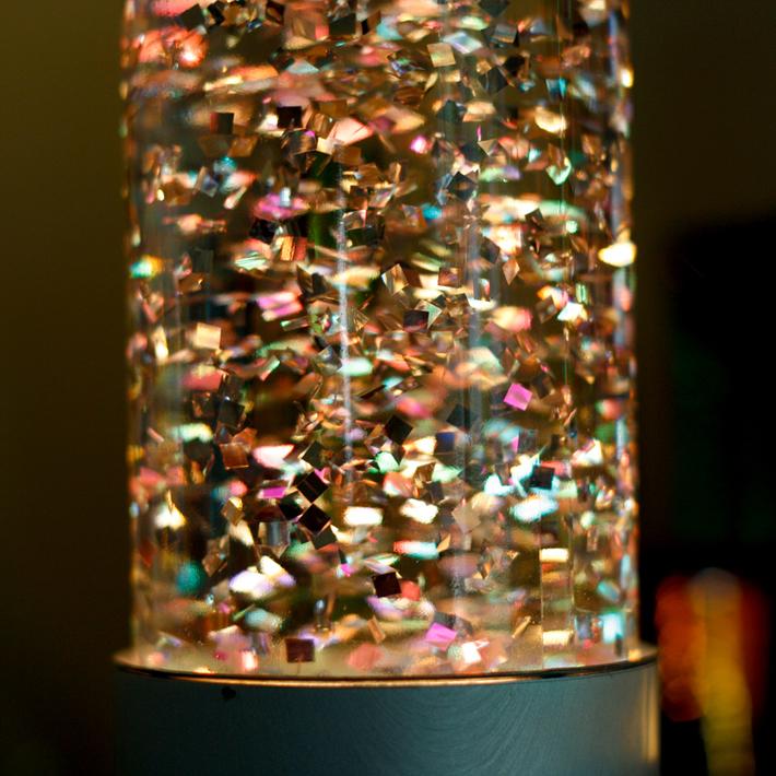 Fantasia Glitter Lamp - detail