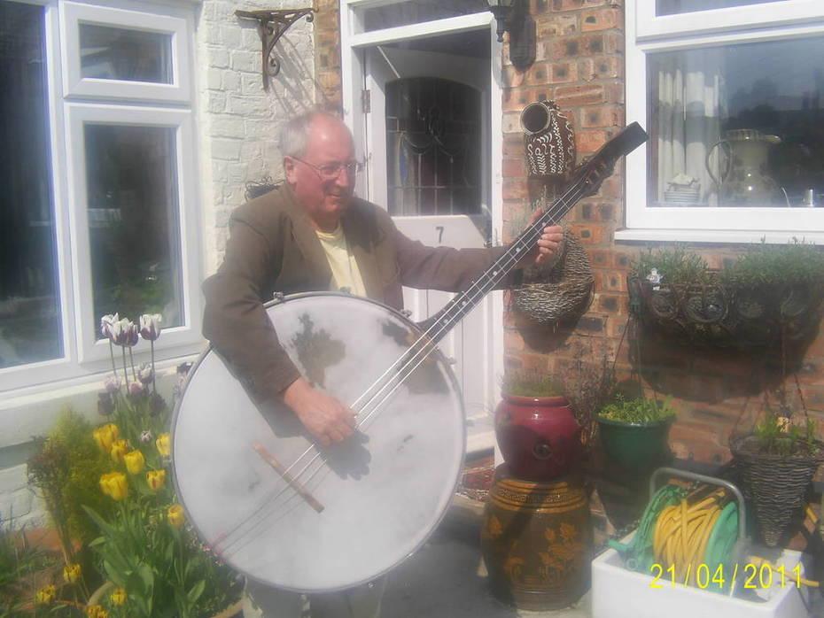 Contra bass banjo