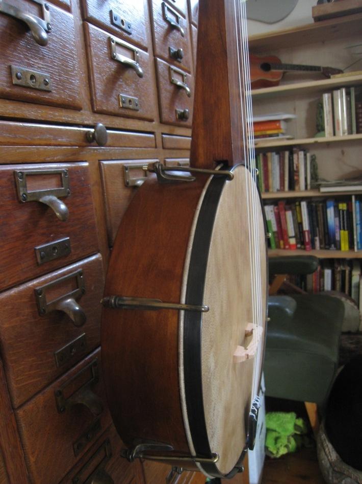 Ed's banjo, side view