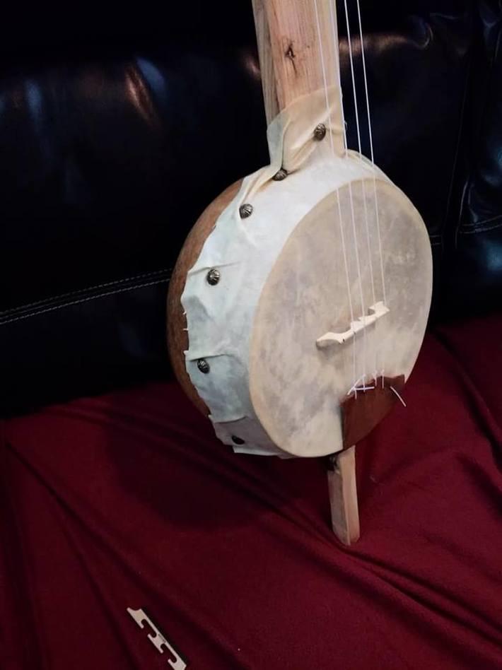 photo 3 of gourd banjo.