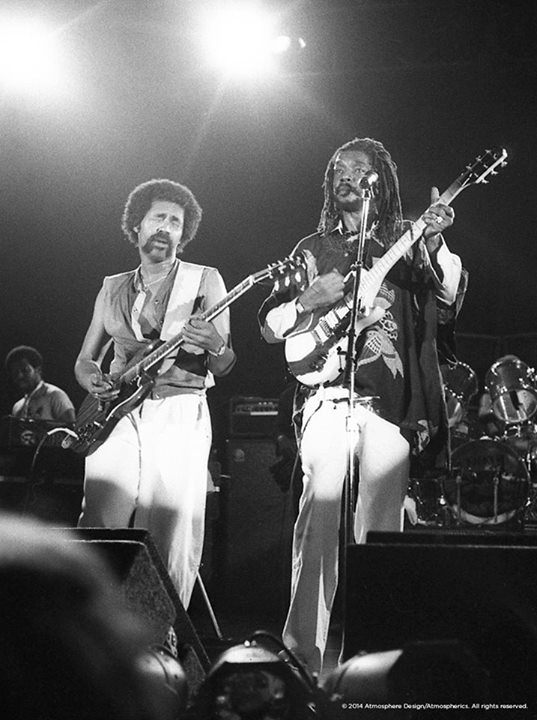 Donald Kinsey W/ Peter Tosh