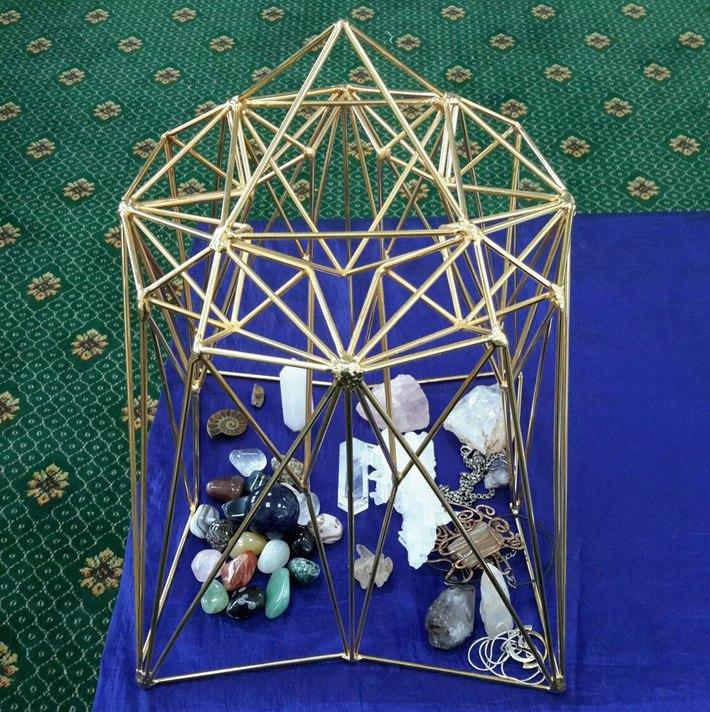 звёздные врата, кристаллы, амулеты