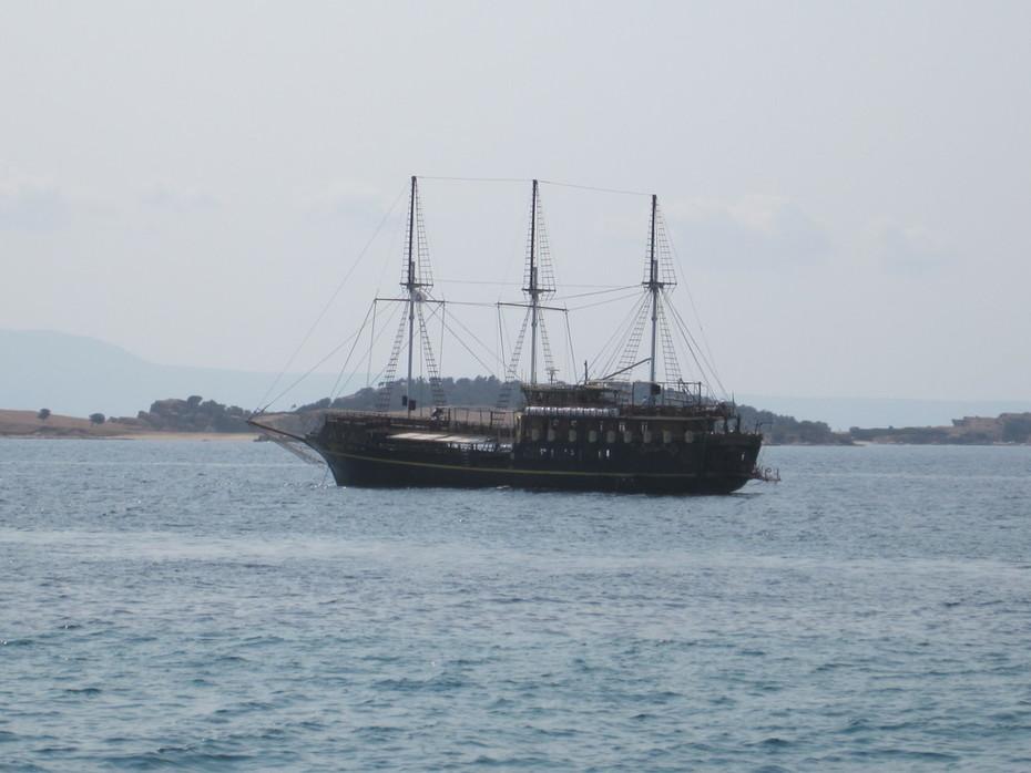 Кораблик в Эгейском море