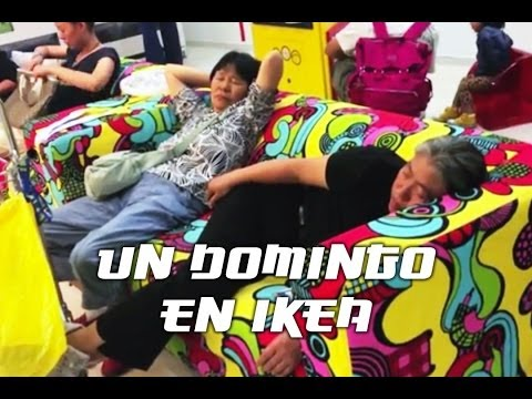 Un domingo en Ikea. Living in Pekin by Roger Vicente
