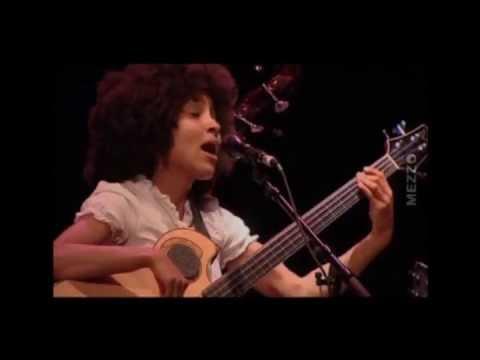 ESPERANZA SPALDING - Samba em Prelúdio - Baden Powell