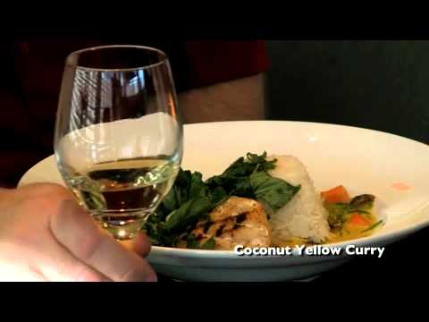 UJD   Connoisseur:  Conundrum White - Food and Wine Pairing