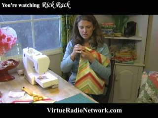 Learn to Make a Reversible Half Apron