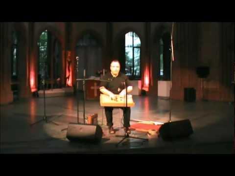 Sansonika Aum and Overtone Singing - Sansonika Aum und Obertongesang