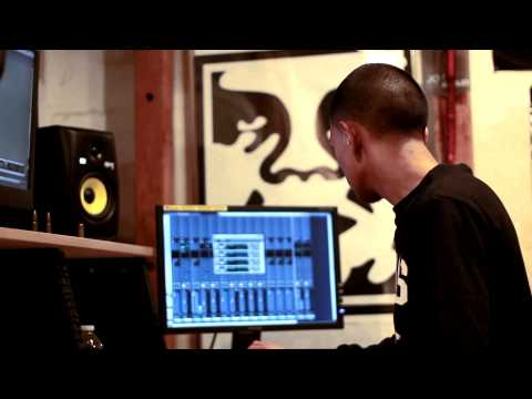 R Productions Flips A Taylor Swift Sample