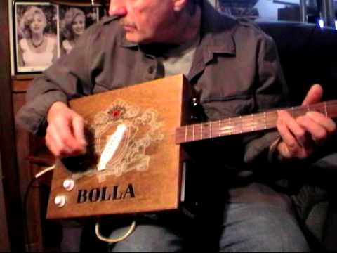 Handmade Bolla Winebox Guitar ... Medley of soft sounds and heavy gain jamming...