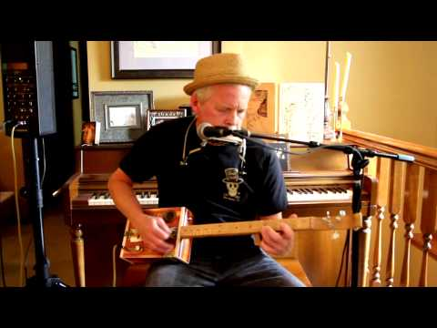 """Bring It On Home"" on Cigar Box Guitar - Tim Covey"